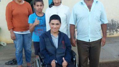 CÉLULAS TRONCO: Leandro está em tratamento no Paraguai