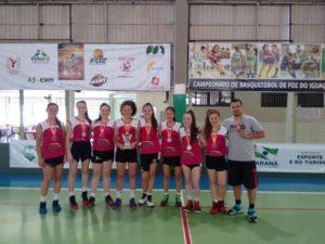 Medalha de Prata para as garotas do basquetebol sub 15
