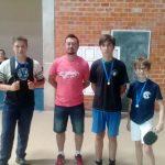 Campeões tênis de mesa masculino B