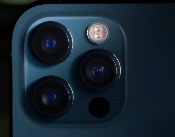 lentes e sensores dos modelos 12 Pro e 12 Pro Max