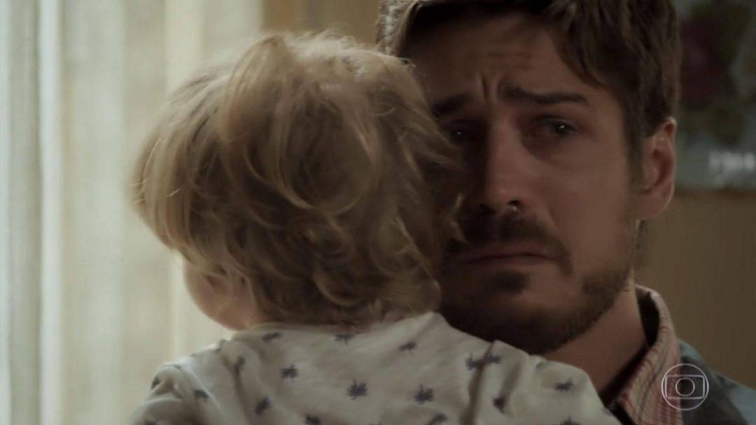 Zeca descobre que é pai de Ruyzinho